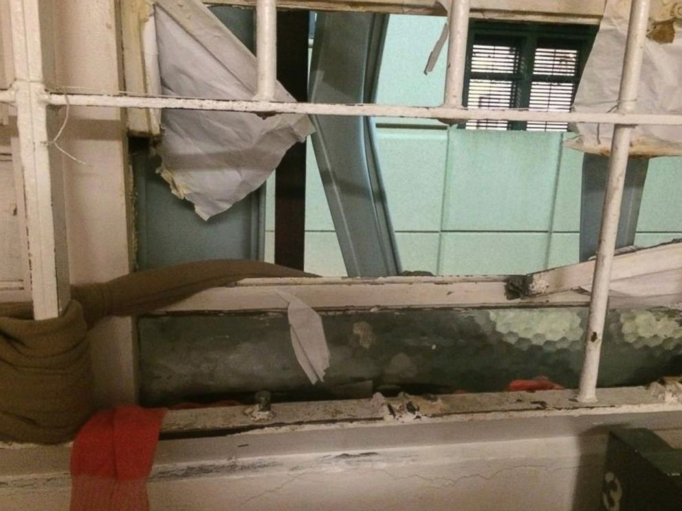 PHOTO: This photo provided by the Santa Clara County Sheriff on Friday, Nov. 25, 2016, shows a window of the Santa Clara County Jail where inmates cut through the bars and escaped