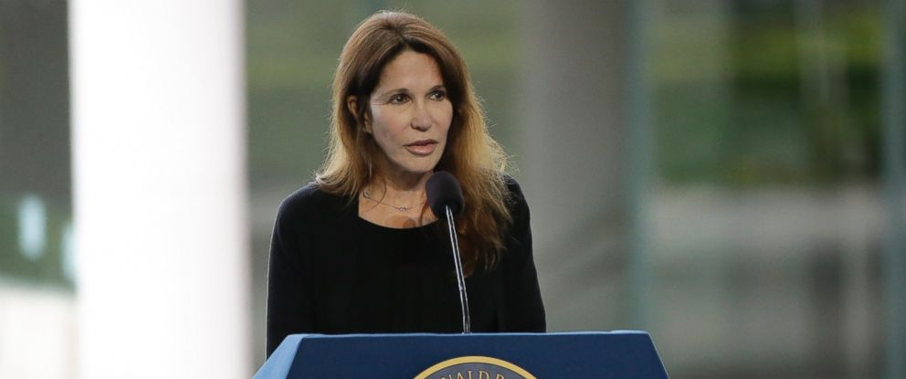 PHOTO: Patti Davis speaks during the funeral service for the former First Lady at the Ronald Reagan Presidential Library.