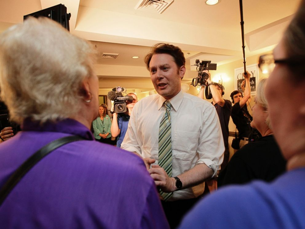 PHOTO: Clay Aiken speaks to supporters during an election night watch party in Holly Springs, N.C., May 6, 2014.