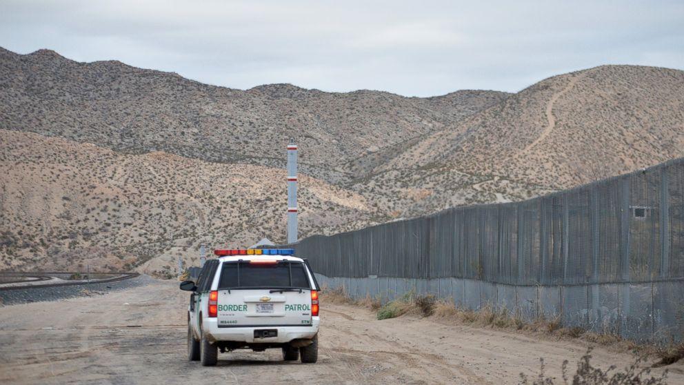 https://s.abcnews.com/images/US/AP_Border_Patrol_hb_160218_16x9_992.jpg