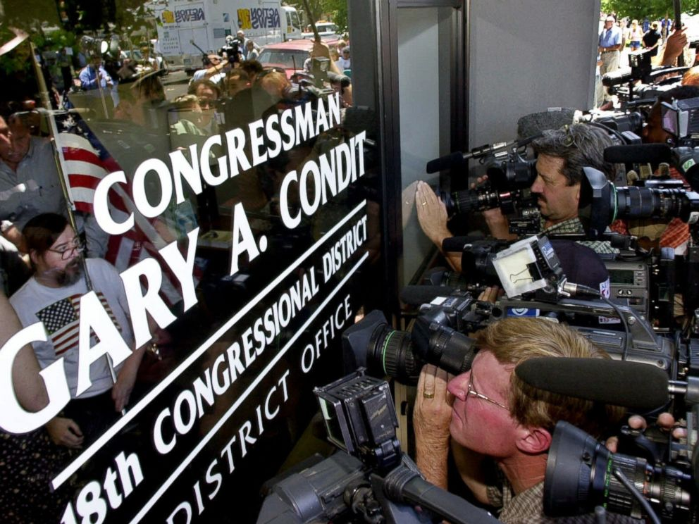 PHOTO: A group of demonstrators present a letter calling for his resignation inside of Rep. Gary Condits office in Modesto, California, on July 17, 2001.