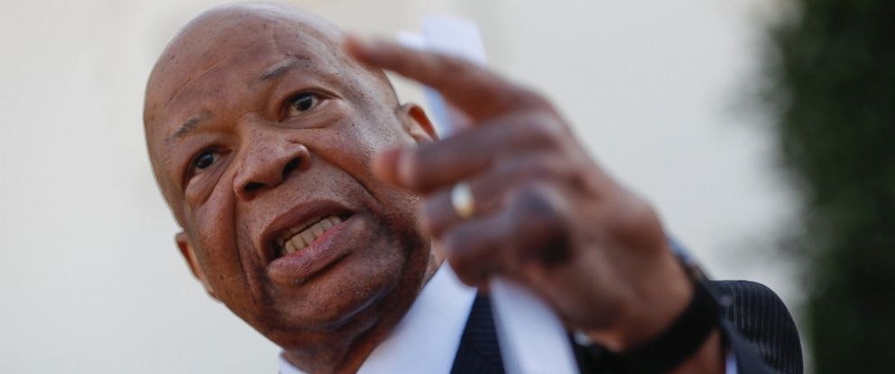 PHOTO: Rep. Elijah Cummings, D-Md. speaks to members of the media outside the West Wing of the White House in Washington.