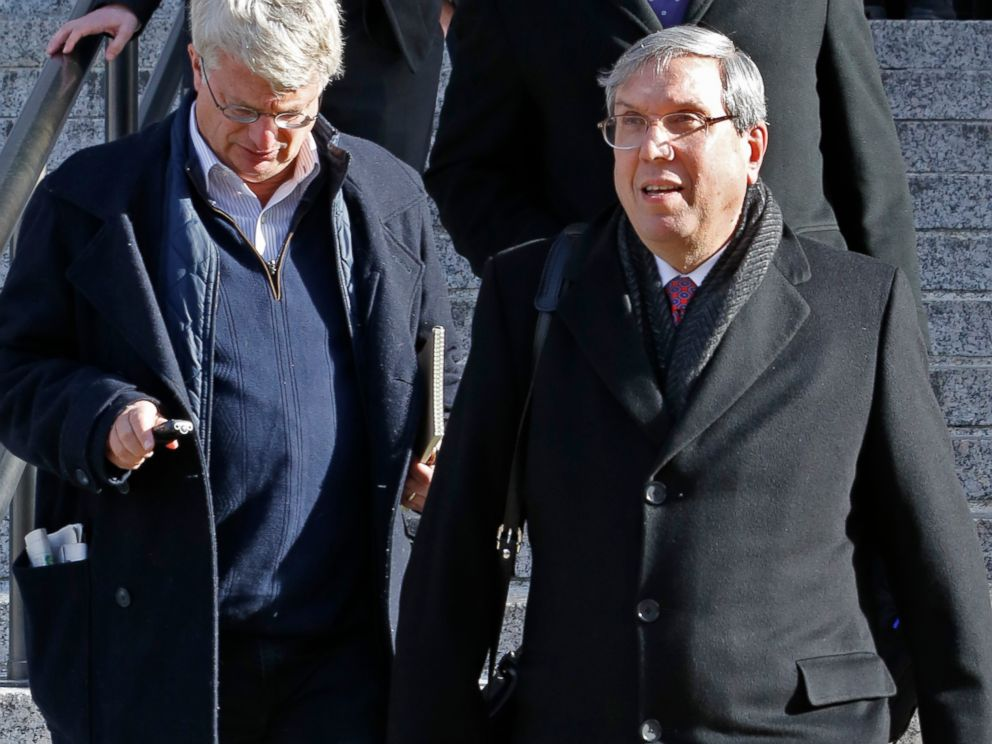 PHOTO: Attorney Jeffrey Kessler, right, who represents New England Patriots quarterback Tom Brady, leaves the 2nd U.S. District Court of Appeals, March 3, 2016, in New York.