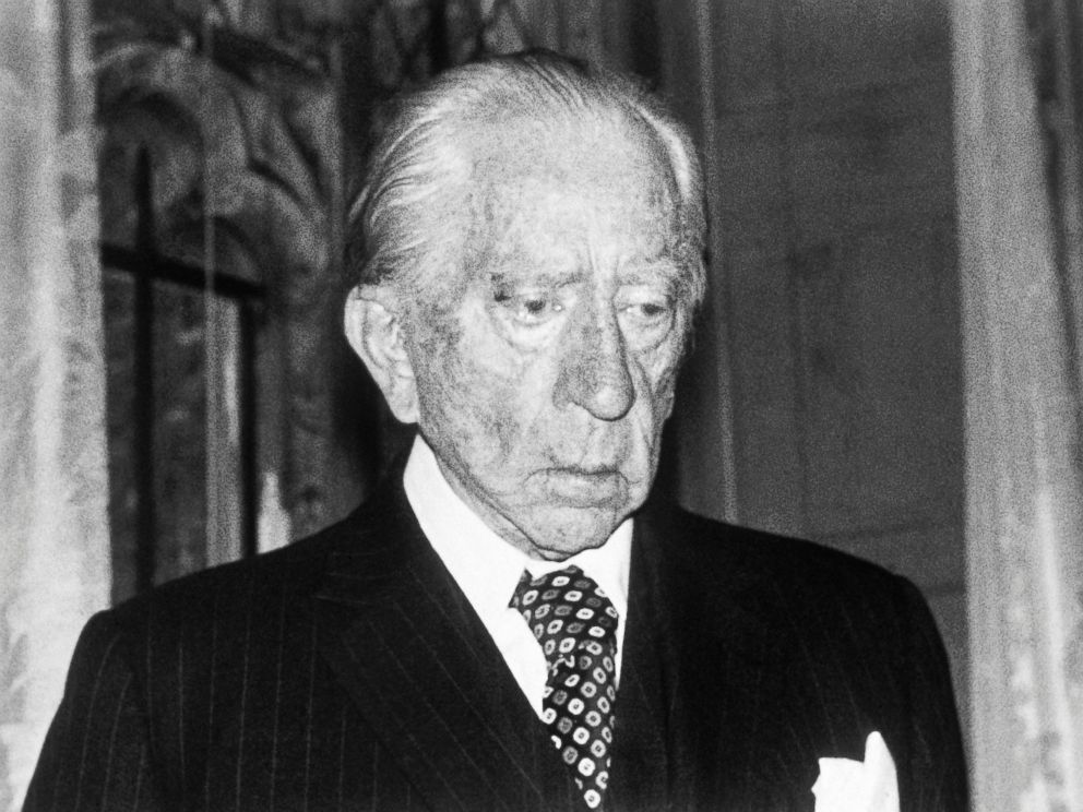 PHOTO: This 1975 file photo shows oil billionaire, Jean Paul Getty, Americas richest expatriate, at his home at Guildford, Surrey, England.