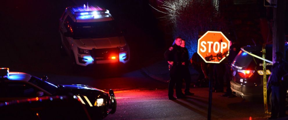 PHOTO: Police investigate the scene after a shooting on Wednesday, March 9, 2016, in Wilkinsburg, Pa.