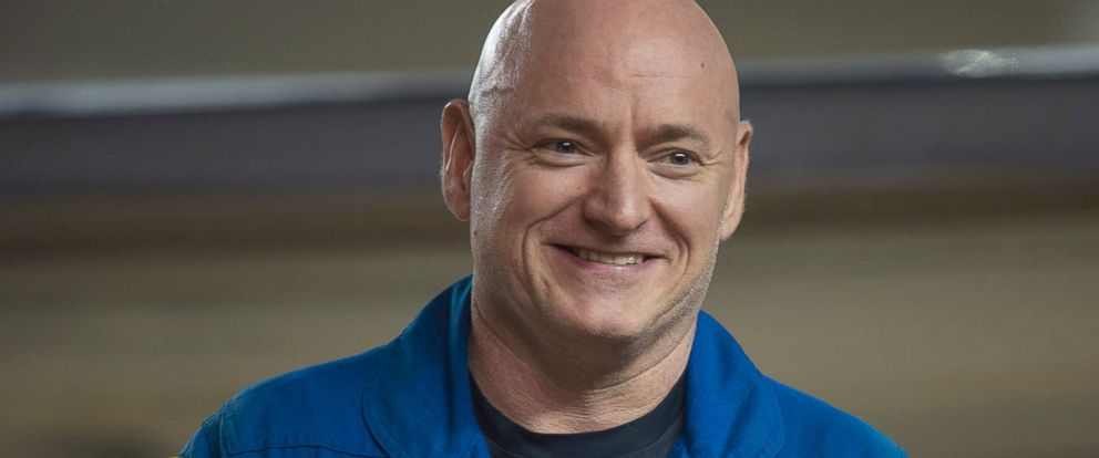 PHOTO: Expedition 46 Commander Scott Kelly of NASA smiles upon arriving at Ellington Field, March 3, 2016, in Houston, after his return to Earth.