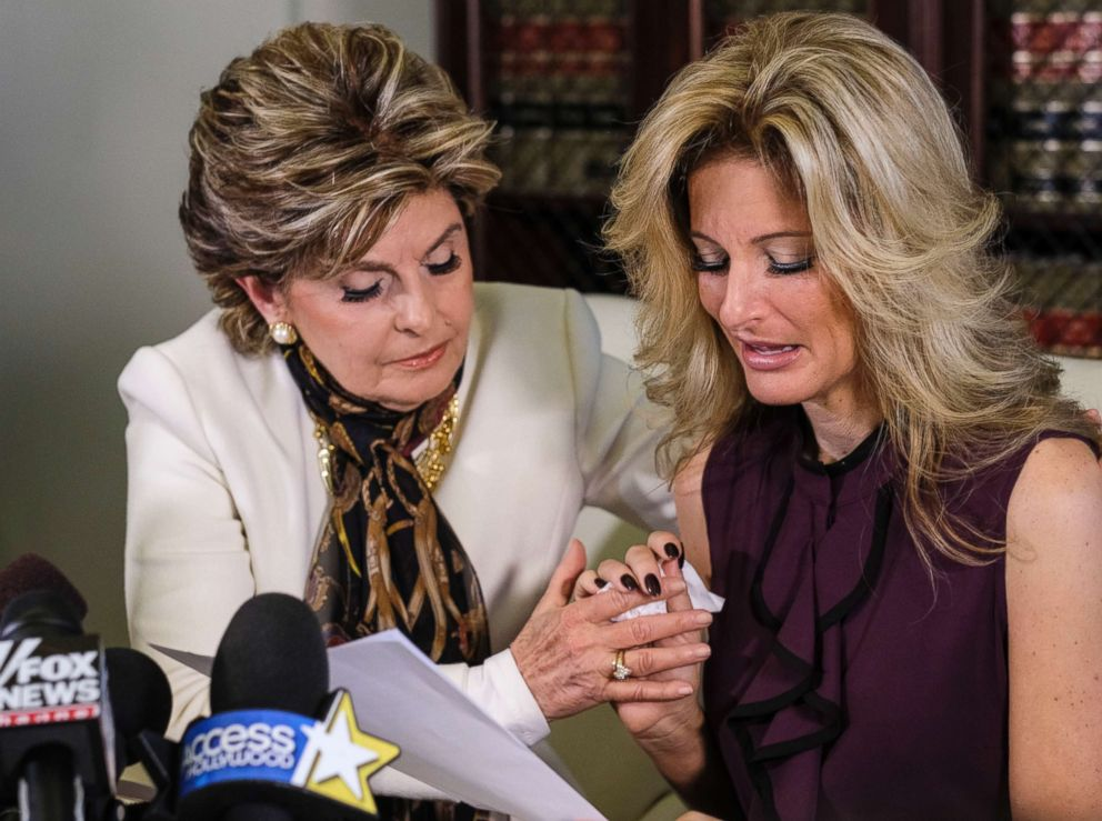 PHOTO: Attorney Gloria Allred, left, comforts Summer Zervos as she reads a statement during a news conference in Los Angeles, Oct. 14, 2016.