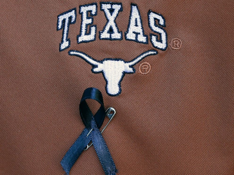 PHOTO: A Texas student wears a black ribbon for fellow student Haruka Weiser on campus, April 7, 2016, in Austin, Texas. Weiser, 18, a first-year dance student from Oregon, was last seen leaving a university drama building Sunday night.