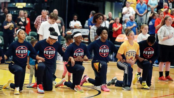 Entire WNBA Team Kneels in Protest During National Anthem