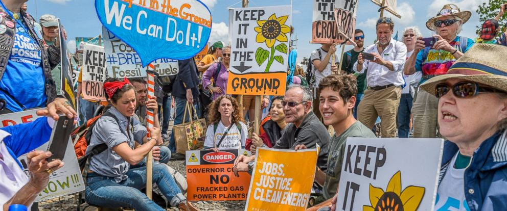 PHOTO: A rally, march and mass civil disobedience to stop the explosive fracked oil trains in the Port of Albany was held May 14, 2016 by over 1,500 people, from Albany and from as far as Maine, Quebec and central Pennsylvania.