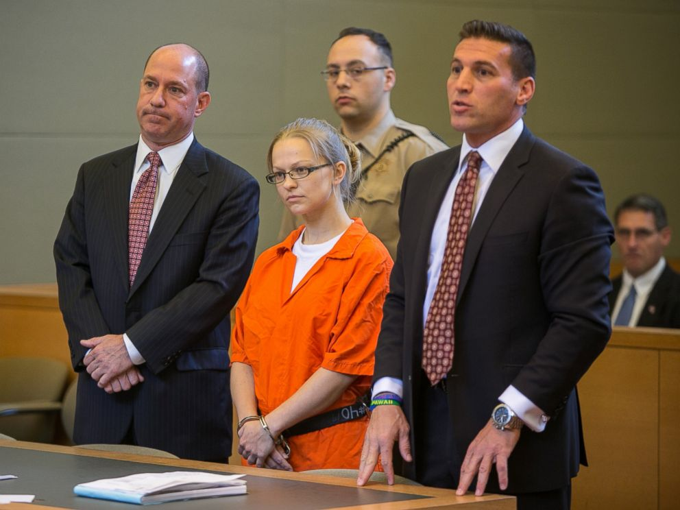 PHOTO: Angelika Graswald, center, stands in court with her attorneys Jeffrey Chartier, left, and Richard Portale at her arraignment in Goshen, New York.