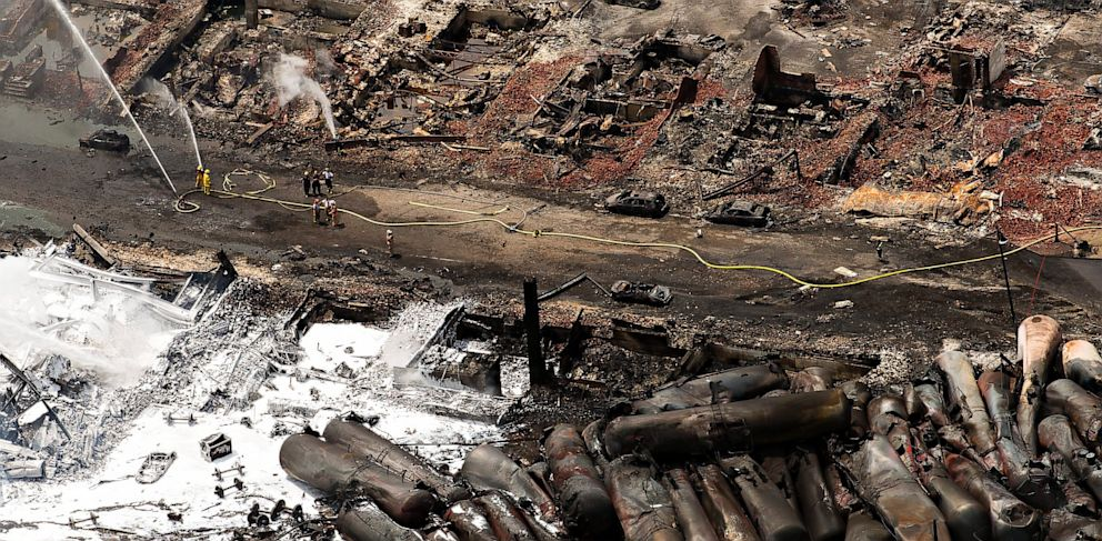 PHOTO: lac megentic, derailment, derailed, train, oil, canada