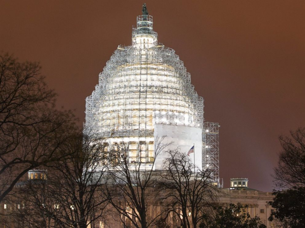 PHOTO: The United States Capitol Building is pictured in Washington, D.C. on Jan. 14, 2015.