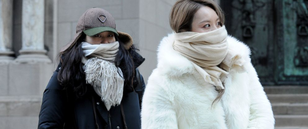 PHOTO: Street photographers brave the cold to photograph guests arriving to the Alexander Wang Fall 2016 show during Fashion Week, Feb. 13, 2016, in New York.