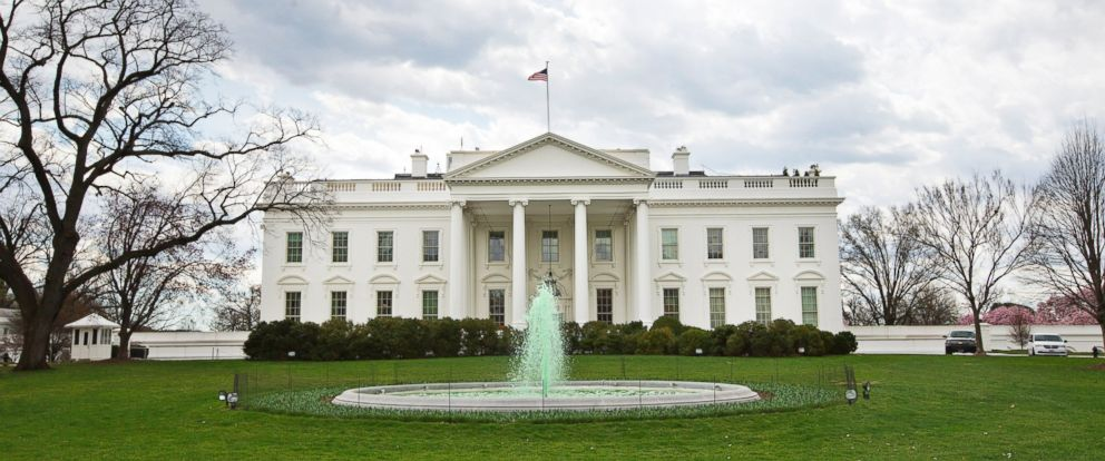 White House Goes Green for St. Patrick's Day - ABC News