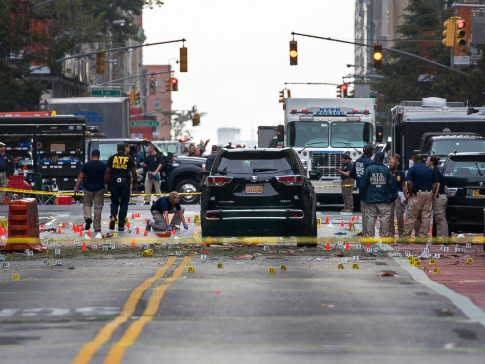 PHOTO: Crime scene investigators work at the scene of an explosion on West 23rd street in Manhattans Chelsea neighborhood, in New York, Sept. 18, 2016, after an incident that injured passers-by Saturday night.