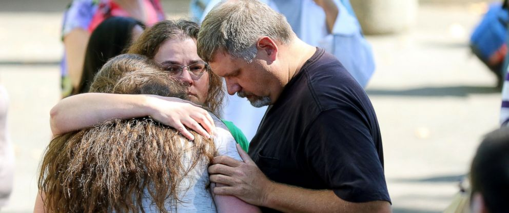 PHOTO: Friends and family are reunited with students at the local fairgrounds after a deadly shooting at Umpqua Community College, in Roseburg, Ore., Oct. 1, 2015.