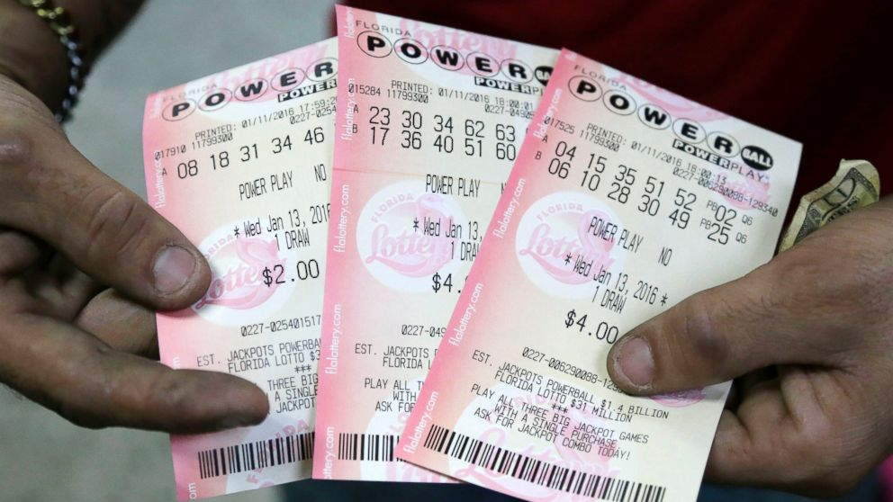 No Powerball Winner In Saturday S Drawing Jackpot Grows To 422 Million Abc News