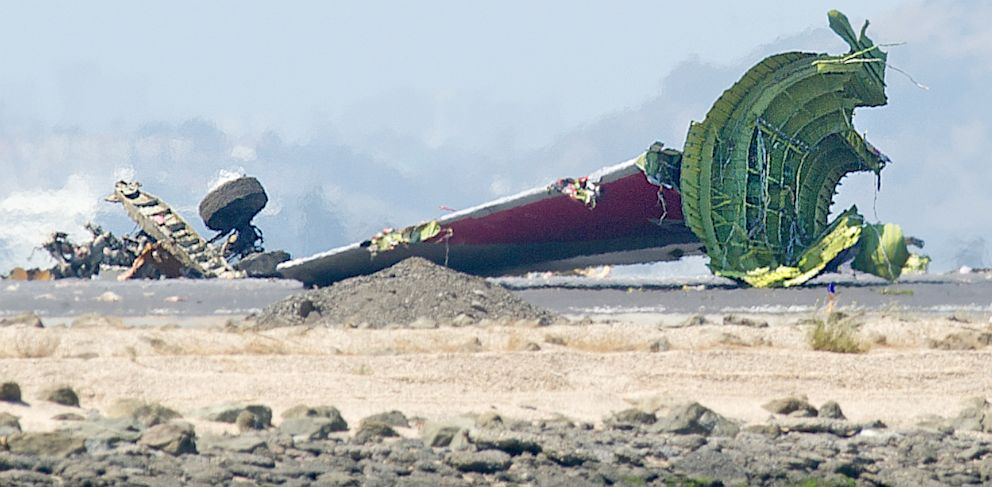 PHOTO: Asiana Flight 214 crashed at San Francisco International Airport