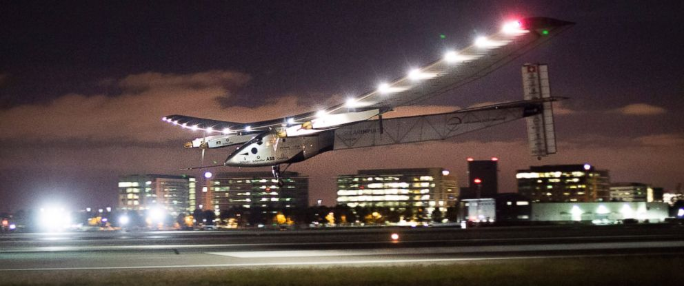 PHOTO: Solar Impulse 2 lands at Moffett Field in Mountain View, Calif., after crossing the Pacific Ocean on Saturday, April 23, 2016.