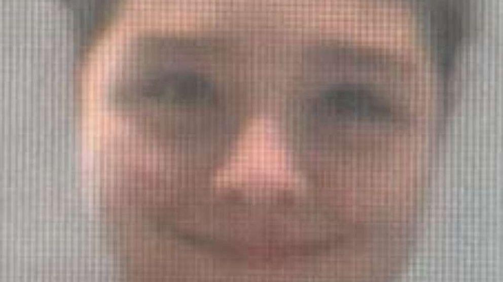 Kind entführt und mit vorgehaltener Waffe, angeblich von der Großmutter, von Krankenhaus