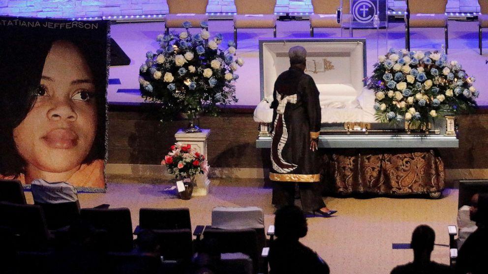 Vater von schwarze Frau getötet, indem weiße Texas Offizier, während in Ihrem Hause, stirbt