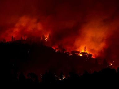31 dead, 228 missing, 7,000 structures burned as California blazes grow