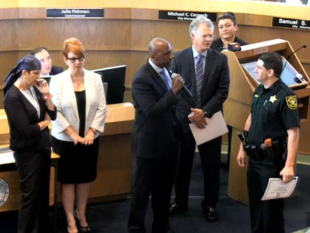 PHOTO: A Tamarac, Florida, commissioner used an awards ceremony to publicly berate a Broward Sheriffs Office deputy.