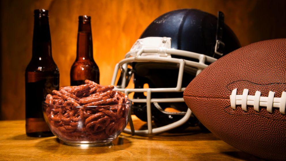 the staggering amounts of food eaten on super bowl sunday abc news