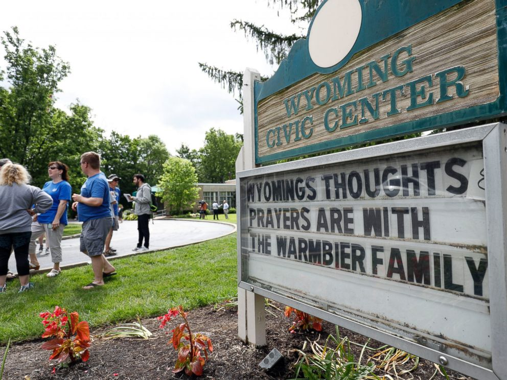 PHOTO: Friends and supporters of Otto Warmbier, the 22-year-old college student who was released from a North Korean prison, gather together to show their support for the Warmbier family June 15, 2017 in Wyoming, Ohio.