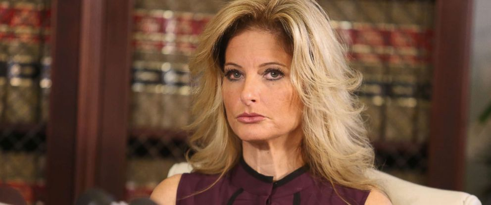 PHOTO: Summer Zervos speaks to the press with her attorney Gloria Allred on Oct. 14, 2016, in Los Angeles.