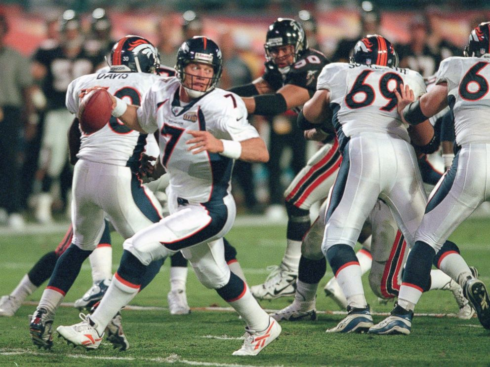 PHOTO: John Elway #7 of the Denver Broncos looks to pass against the Atlanta Falcons during Super Bowl XXXIII, Jan. 31, 1999, at Pro Player Stadium in Miami. The Broncos won the game 35-19.