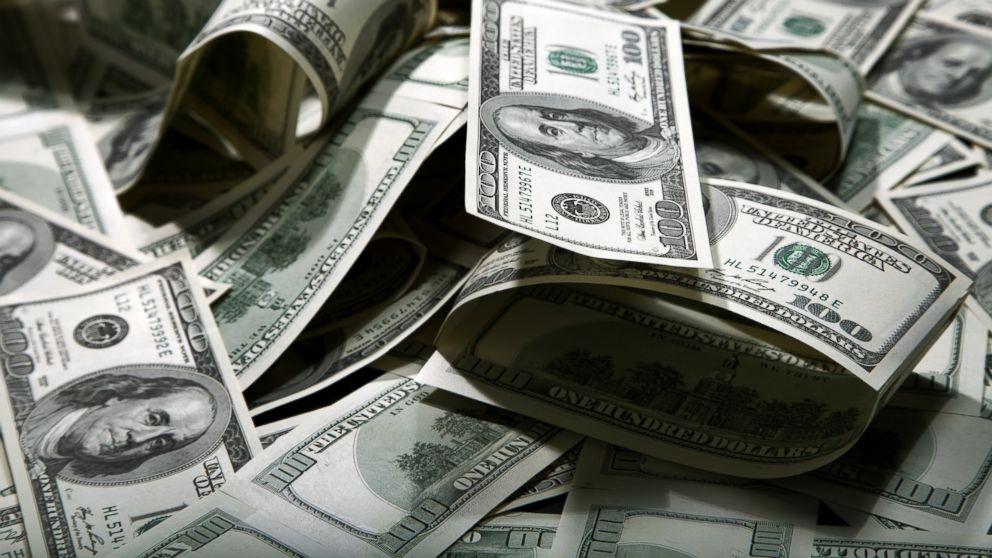 Millionaires money giveaways contests