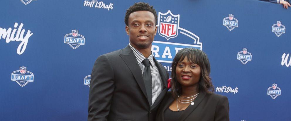 PHOTO: Eli Apple of Ohio State and his mother Annie arrive to the 2016 NFL Draft at the Auditorium Theatre of Roosevelt University on April 28, 2016 in Chicago, Illinois.