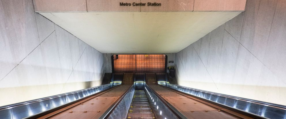 PHOTO: Escalators were empty at the Metro Center Station in Washington, DC on March 16, 2016 as the whole metro system was shutdown for 29 hours for a safety inspection after a recent fire.