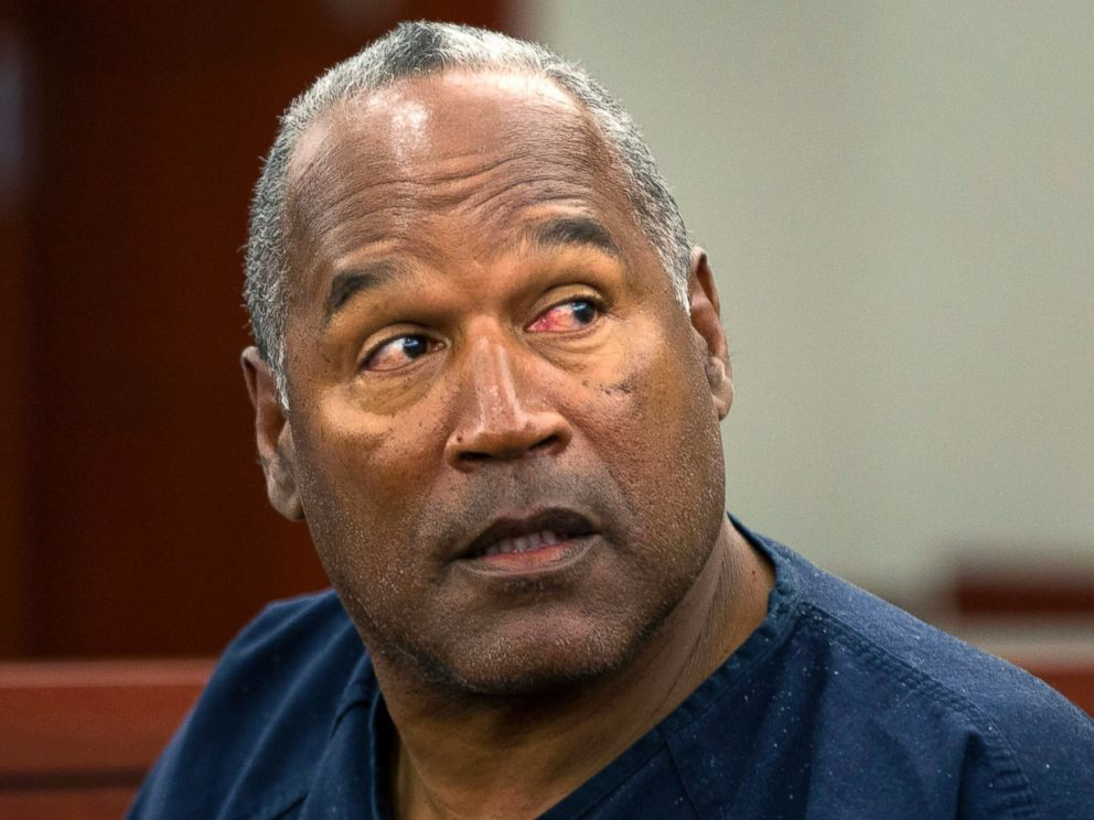 PHOTO: O.J. Simpson waits to continue testifying after a break in an evidentiary hearing in Clark County District Court May 15, 2013 in Las Vegas.