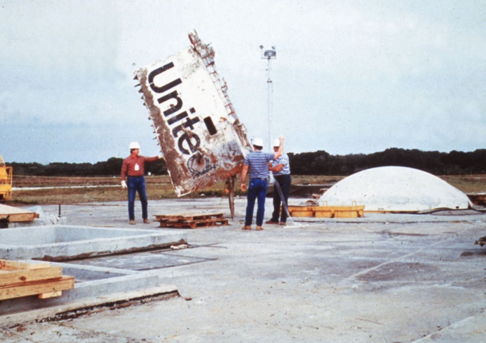 space shuttle challenger news report - photo #35
