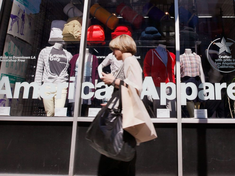 PHOTO: A pedestrian passes by and American Apparel store in Chicagos Wicker Park neighborhood, Sept. 4, 2009.