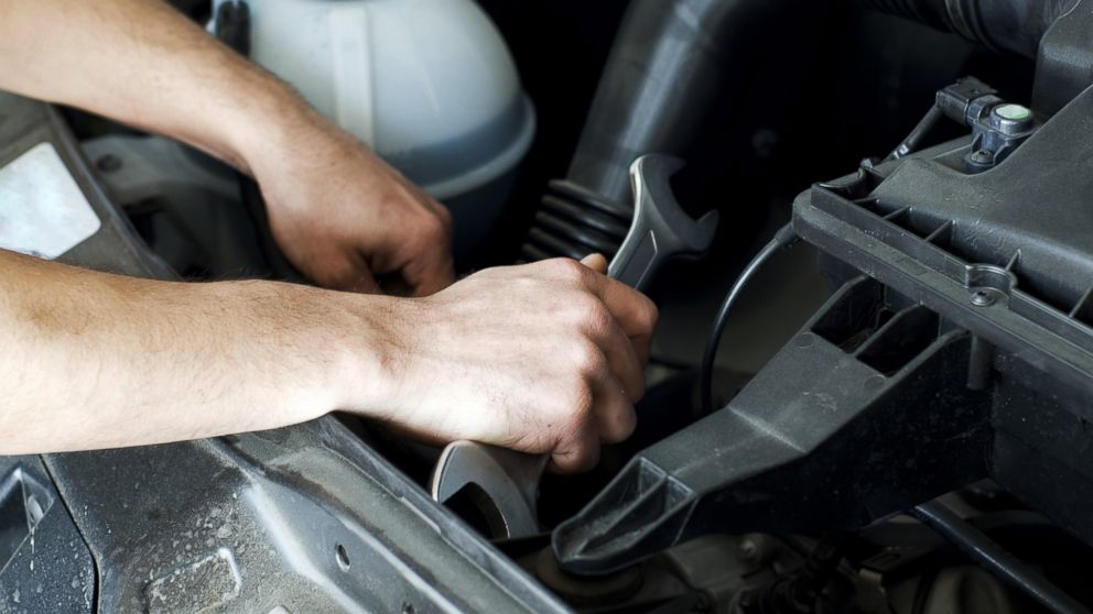 How Auto Mechanics Can Rip You Off, and How to Avoid Being