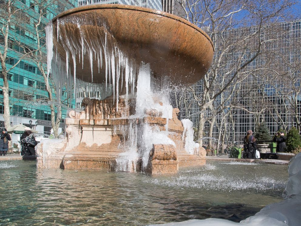 PHOTO: A fountain is frozen over in Bryant Park, Feb. 13, 2016 in New York City.