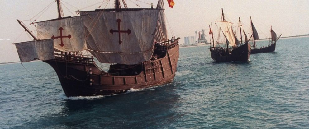 PHOTO:Replicas of the Santa Maria, Nina and Pinta floating in the ocean off coast during tour to celebrate 500th anniversary of Christopher Columbus voyage to the New World, May 6, 1992.