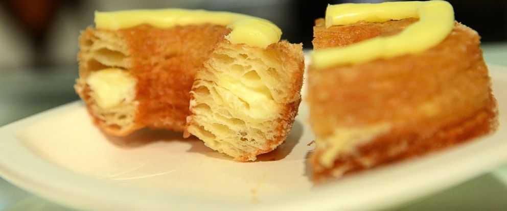 PHOTO: A Cronut sits on a plate at Dominique Ansel Bakery in New York City on June 14, 2013.