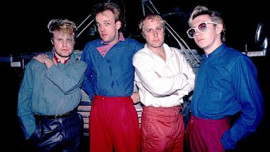 PHOTO: Rock Band Flock Of Seagulls Robbed