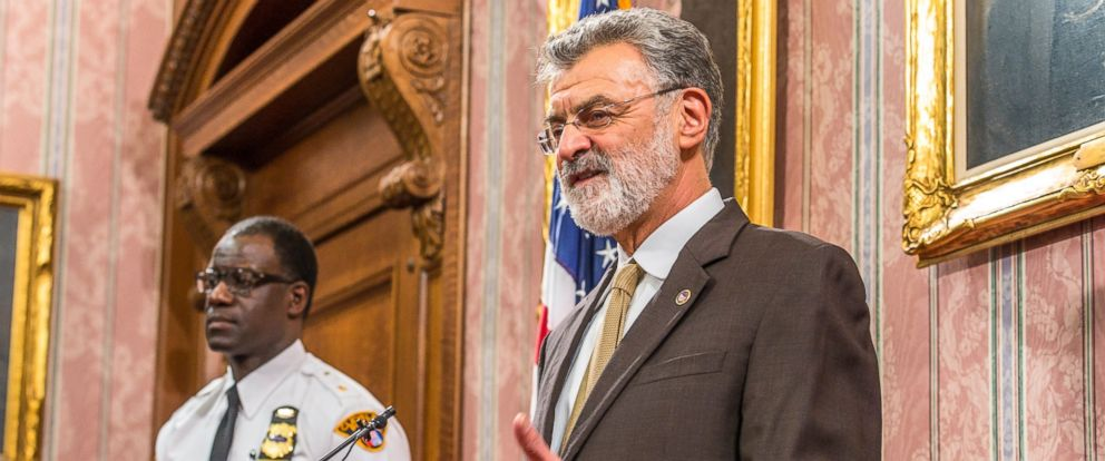 PHOTO: Mayor Frank Jackson of Cleveland speaks to reporters in the Mayors Conference Room at City Hall, Dec. 28, 2015 in Cleveland.