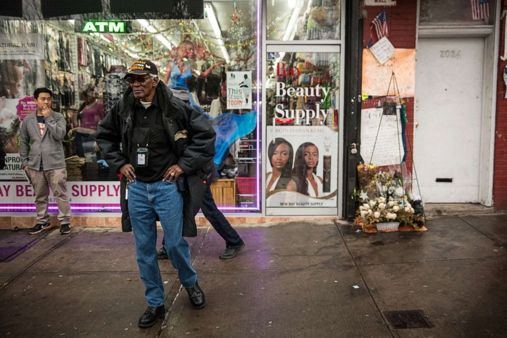 NYPD judge recommends firing officer in 2014 chokehold death of Eric Garner