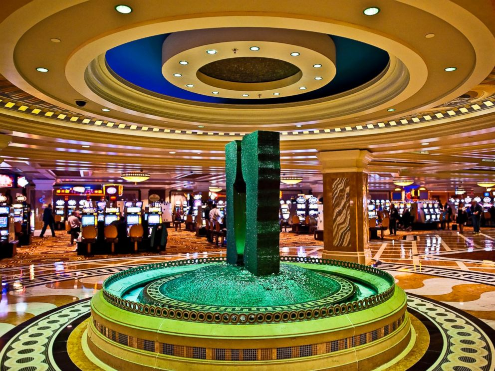 PHOTO: Fountain and slot machines inside Caesars Atlantic City Hotel and Casino in Atlantic City, N.J., May 6, 2009.