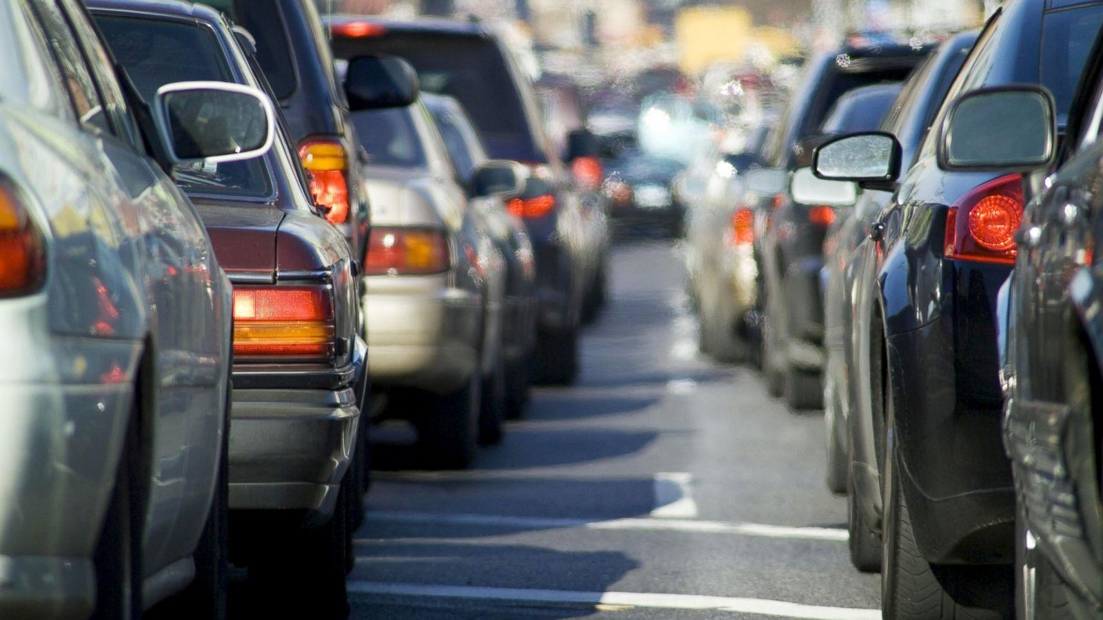 Car-Commuting Peers