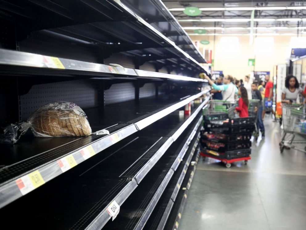 PHOTO: A loaf of bread is all that was left in the bread aisle of a Wal-Mart supermarket in Kissimmee, Florida as people buy supplies in preparation for the landfall of Hurricane Matthew, Oct. 6, 2016.