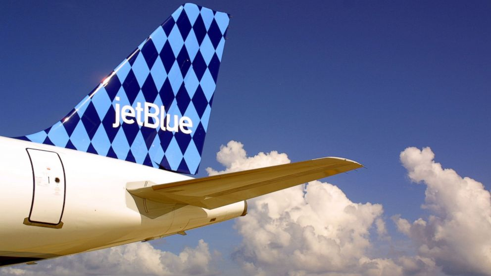 Passengers Say JetBlue Removed Them From Flight After 1 Year Old Kicked Seat