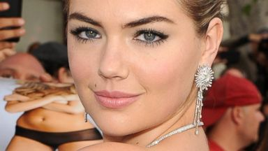 """PHOTO: Kate Upton attends the premiere of Twentieth Century Foxs """"The Other Woman"""" at Regency Village Theatre, April 21, 2014, in Westwood, Calif."""
